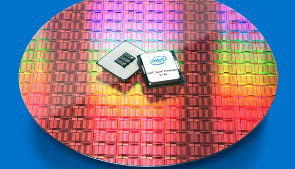 Intel Xeon E7 V4 targets data analytics opportunities in IoT-driven big data (image courtesy of Intel).