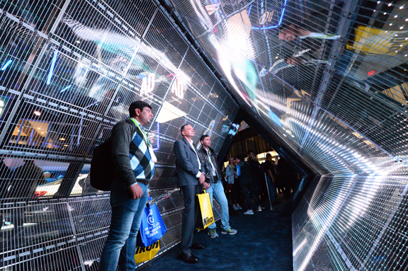 At Intel's 2018 CES booth (Credit: Walden Kirsch/Intel Corporation).