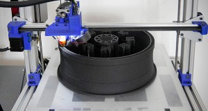 gCreate gMax 3D printer