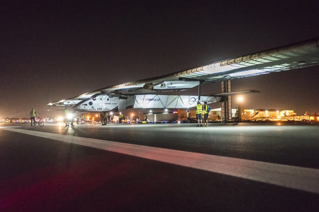 The Solar Impulse 2 successfully landed in Phoenix, Arizona with André Borschberg at the controls, completing the 10th leg of the round-the-world journey. Image courtesy of Solar Impulse SA.