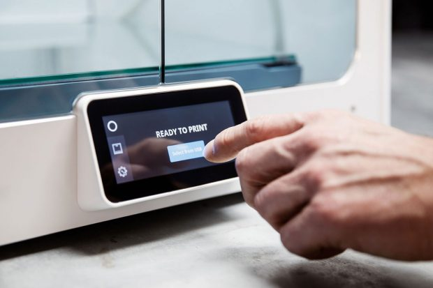 Users can operate the Ultimaker S5 through its integrated 4.7-in. full-color touchscreen interface. The touchscreen also displays detailed status information. Image courtesy of Ultimaker B.V.